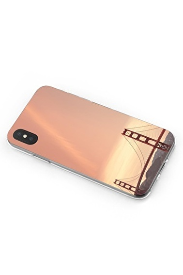 Lopard iPhone Xs Max Kılıf Silikon Arka Kapak Koruyucu Golden Gate Desenli Full HD Baskılı Renkli